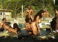 Anale e vaginale festa in piscina