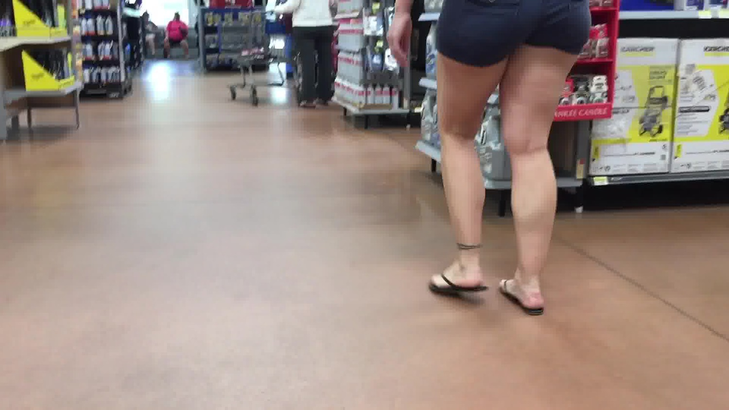 Pawg Wife Candid