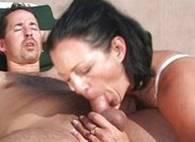 Spogliarellista fremente orgasmo sexy bionda